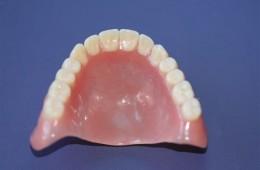 Protezy akrylowe 6